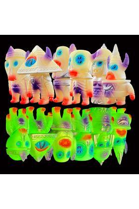 Hextraterrestrials Glow Edition - Martin Ontiveros